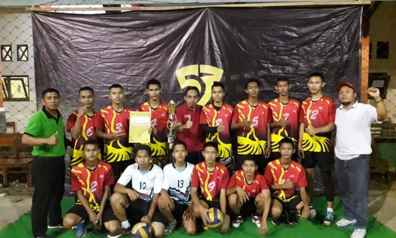 Ekskul Bola Voli Hika Sabet Juara 3