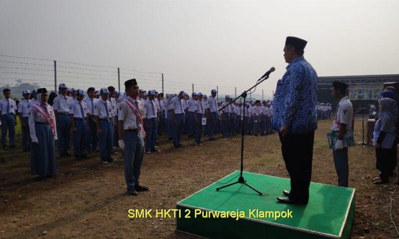 Samsat Banjarnegara – Jadi Pembina Upacara Bendera di SMK HKTI 2 Purwareja Klampok